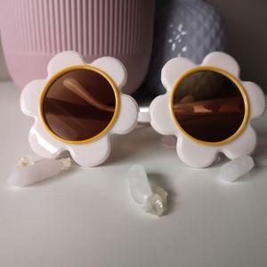 Accessories - Daisy fashion sunglasses